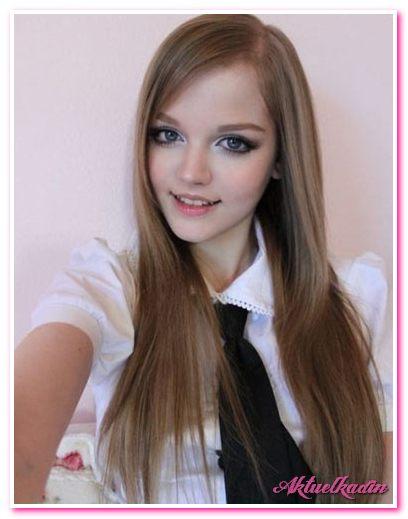Хоть ей сейчас всего 16 лет, но она пользуется огромной популярностью.